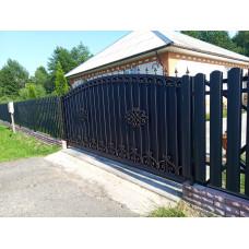 Откатные ворота ОВ13 с элементами ковки.
