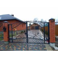 Кованые распашные ворота РВ1